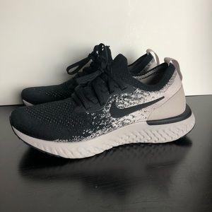 Nike BLK / MOON Flyknit Epic React